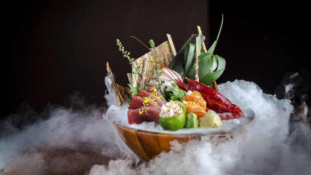 sashimi selection on ice 3 web new
