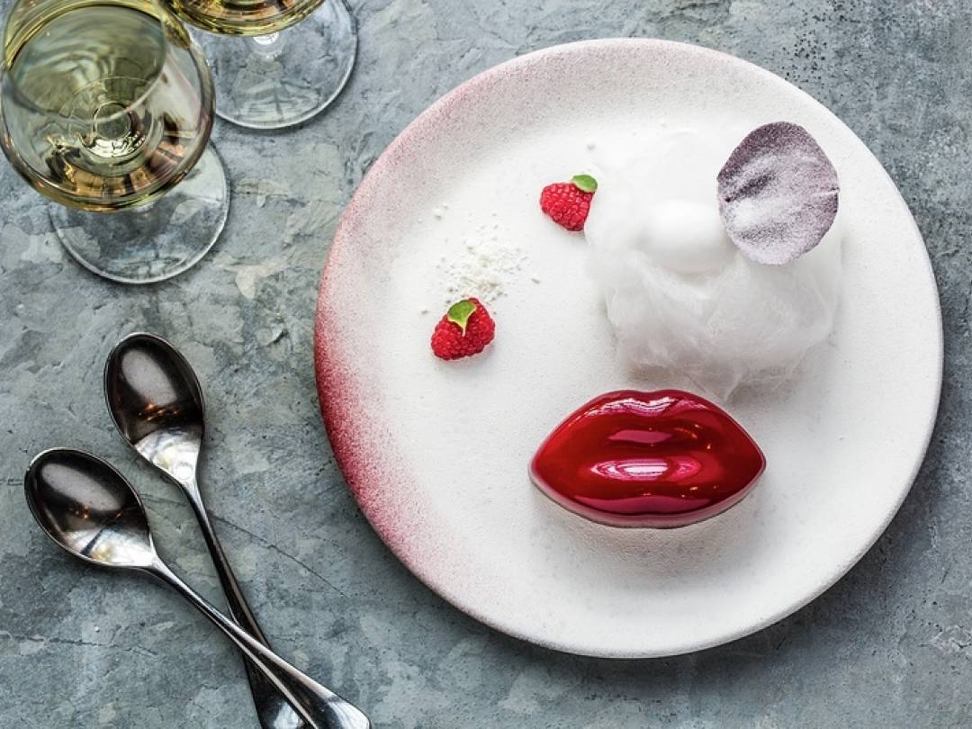 The Kiss Valentines Day Dessert