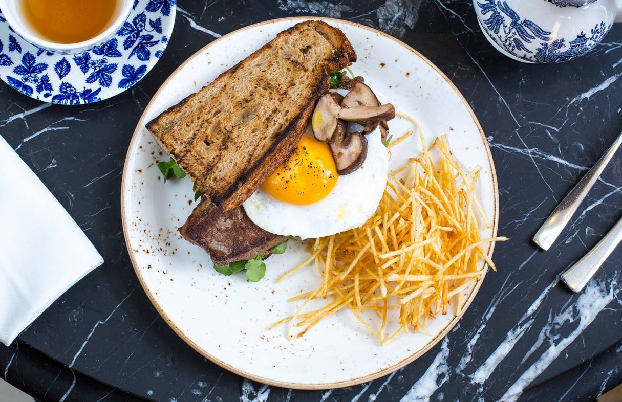 bottomless brunch at bread street kitchen