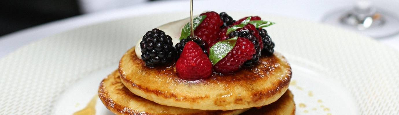Square Buttermilk and berry pancakes 1