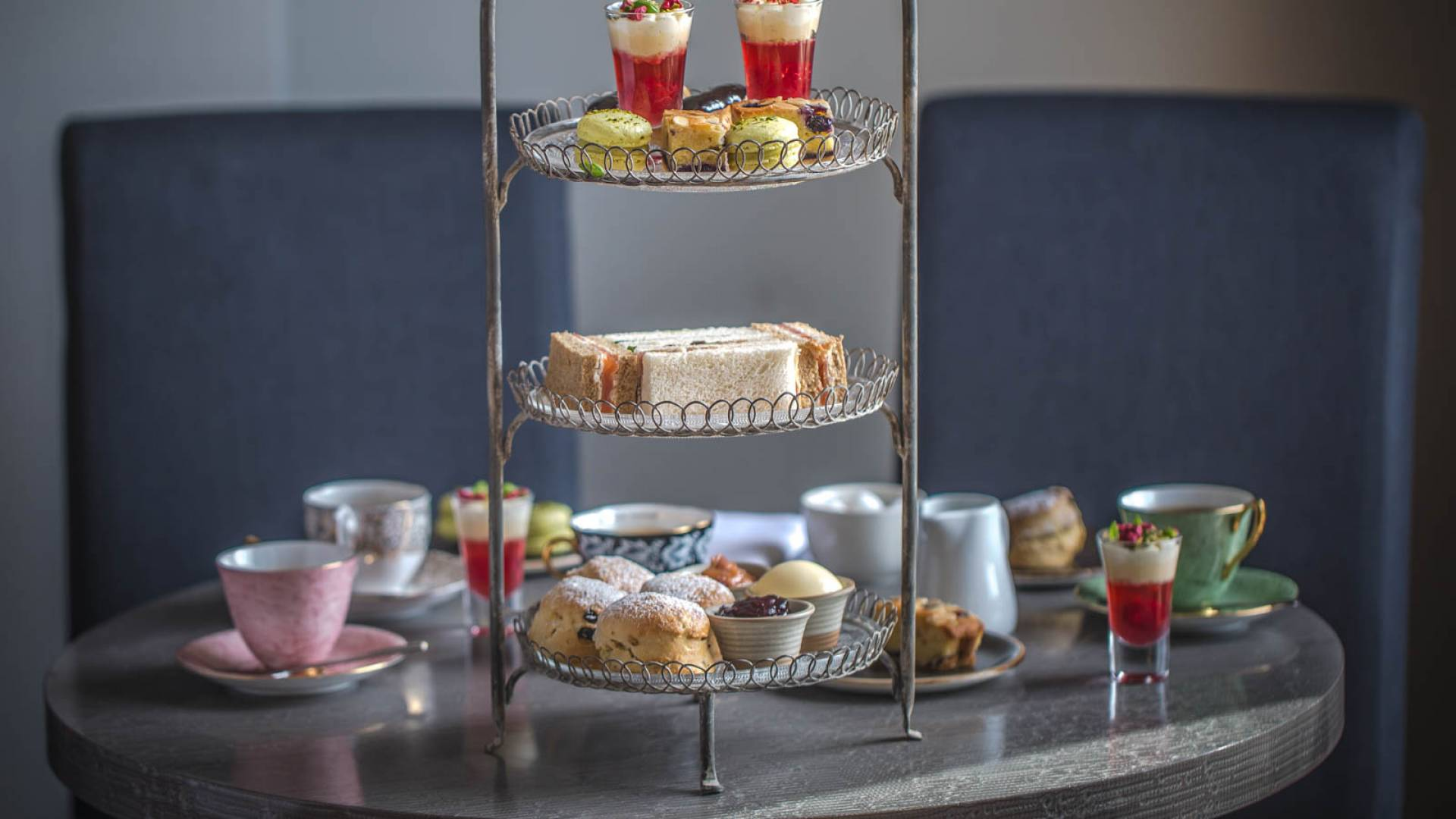14 Afternoon Tea