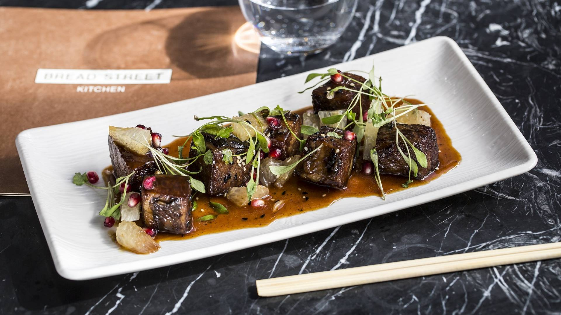 Crispy Short Rib Pomelo pomegranet hoi sin honey glaze 1 web