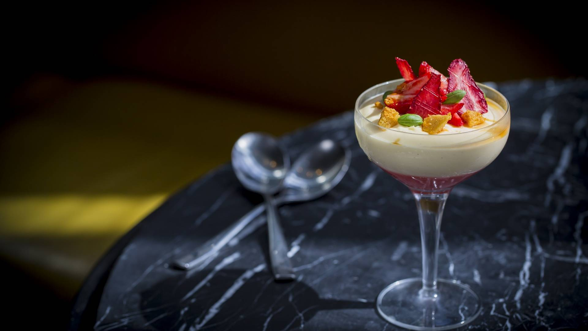 English Strawberry and Elderflower trifle 2