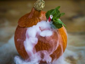 Halloween Cocktail Pumpkin