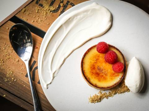 6 Carmelised Meyer Lemon Tart