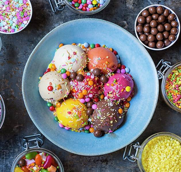 HSK Ice cream bowl and toppings 600px